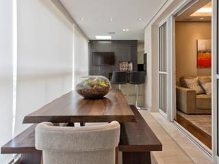 VL Arquitetura e Interiores Balcon, Veranda & Terrasse modernes