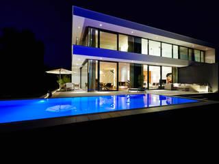 모던스타일 주택 by ZHAC / Zweering Helmus Architektur+Consulting 모던