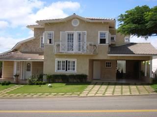 Residência no Residencial Euroville Casas ecléticas por Bia Maia & Guta Carvalho Arquitetura, Design e Paisagismo Eclético