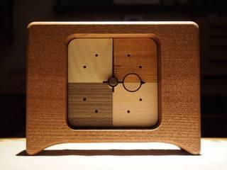文字盤:Bタイプ: 木の工房mono moman(モノモマン)が手掛けたです。