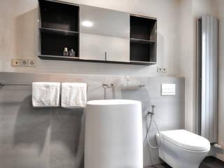 BAD12: moderne Badezimmer von badconcepte