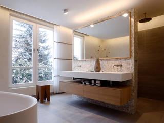 Bathroom by Tuba Design, Modern Ceramic