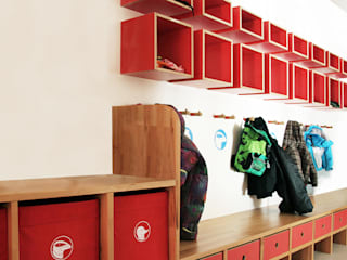 Schools by Tuba Design, Modern Wood Wood effect