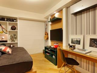APM INTERIORES:  tarz Yatak Odası, Modern