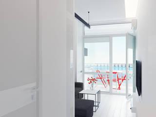 Pasillos, vestíbulos y escaleras de estilo minimalista de Оксана Мухина Minimalista