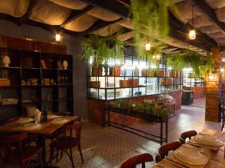 Gastronomie rustique par Piloni Arquitetura Rustique