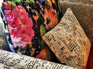 Uma decoração depurada Architect Your Home Sala de estarSofás e divãs