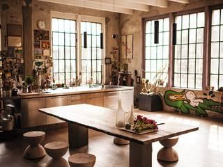 Casa privata Sala da pranzo moderna di Riva1920 Moderno