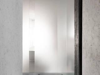 casaEsse Ingresso, Corridoio & Scale in stile minimalista di LDA.iMdA architetti associati Minimalista