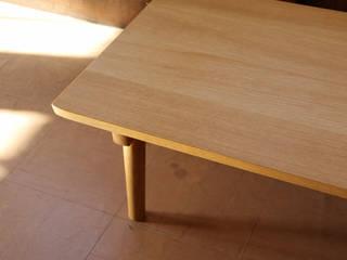 ローテーブル03: UNOKA  家具工房ウノカが手掛けたです。