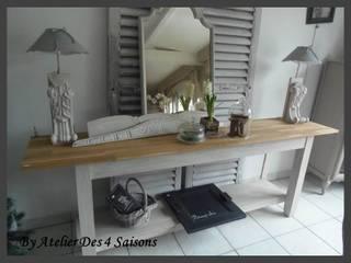 TABLE CONSOLE PATINÉE GRIS PERLE BLANC POUDRÉ PLATEAU CHÊNE:  de style  par atelier des 4 saisons