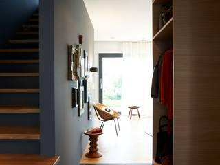Couloir et hall d'entrée de style  par Burkhard Heß Interiordesign