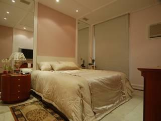 Apartamento Clássico: Quartos  por EMMILIA CARDOSO DESIGNERS ASSOCIADOS,Clássico