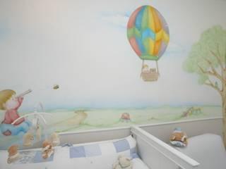 Apartamento Ipanema: Quarto infantil  por EMMILIA CARDOSO DESIGNERS ASSOCIADOS