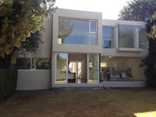 Minimalistische Häuser von Alejandra Zavala P. Minimalistisch