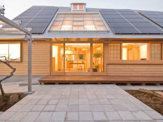 千田建築設計 Eclectic style houses Wood