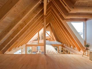 柏の平屋 ねじれ屋根のせ: 千田建築設計が手掛けた和室です。
