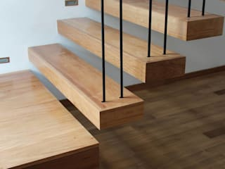 Estudio .m Modern Corridor, Hallway and Staircase Wood Wood effect