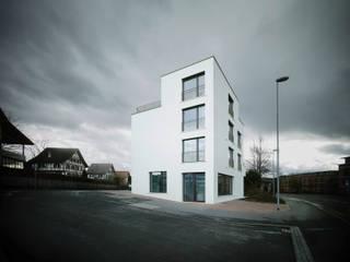 idA buehrer wuest architekten sia ag Modern houses White