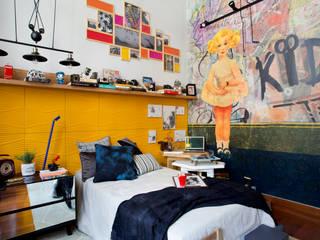 Modern style bedroom by Emmilia Cardoso Designers Associados Modern
