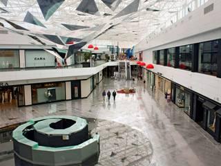 Proyectos comerciales II Espacios comerciales de estilo moderno de QUINTECT, ARQUITECTURA Y URBANISMO, S.L.P. Moderno