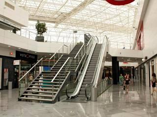 Proyectos comerciales III: Espacios comerciales de estilo  de QUINTECT, ARQUITECTURA Y URBANISMO, S.L.P.