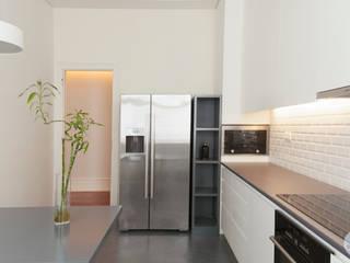 Cocinas de estilo  por Matos + Guimarães Arquitectos