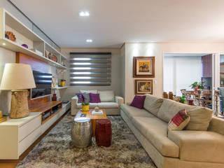 LIVING : Salas de estar  por GRUPO AE - ARQUITETURA+ENGENHARIA