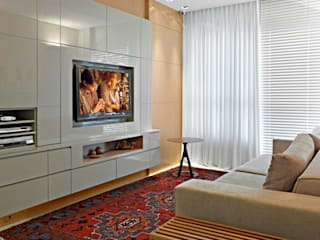 Modern living room by Escritório de Design Edwiges Cavalieri Modern