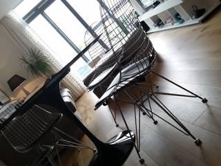 2 BEDROOM FLAT Cris&Me l.t.d. Living roomSide tables & trays