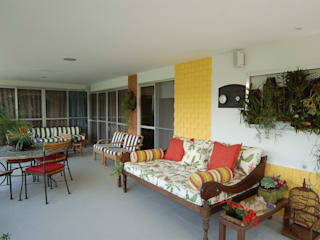 Emmilia Cardoso Designers Associados Balcones y terrazas modernos