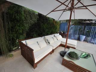 Emmilia Cardoso Designers Associados Nowoczesny balkon, taras i weranda