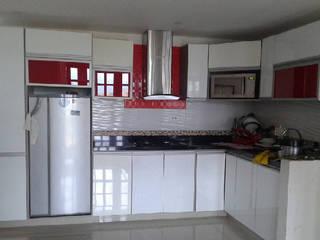 Proyecto Inmobiliario Vivienda de UGR Mobiliario S.A.S Moderno