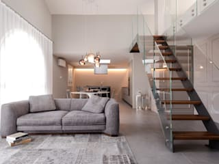 art collector loft Soggiorno minimalista di studiooxi Minimalista