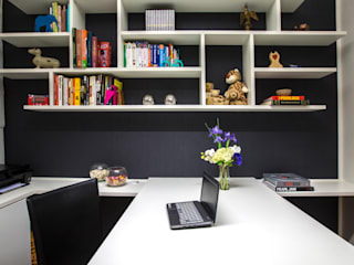 Danyela Corrêa Arquitetura Modern style study/office