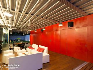 CANCELES ABIERTOS – CAJA CERRADA : Salas de estilo  por Grupo Arquidecture