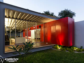 Grupo Arquidecture Industrial style houses Metal Red
