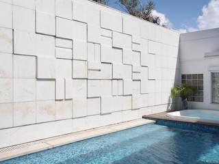 Cobertura Arpoador: Piscinas  por Ateliê de Arquitetura