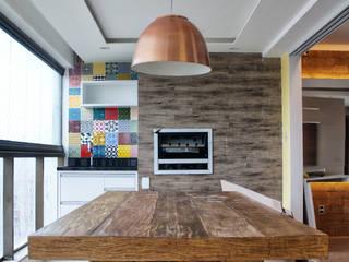 Cocinas de estilo  por PILOTTIZ ARQUITETURA E DESIGN