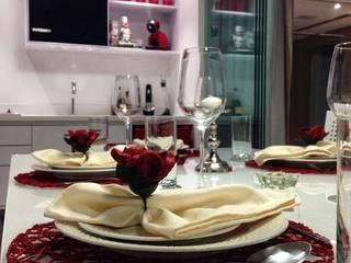Salas de jantar  por PILOTTIZ ARQUITETURA E DESIGN
