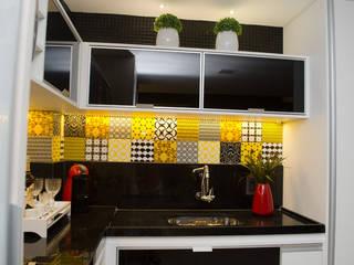 Cocinas de estilo  por Interiores Arquitetura & Design