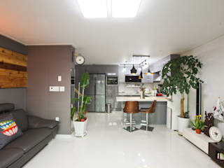 한글주택(주) Soggiorno moderno