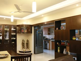 Project in Bangalore:  Dining room by Innover Interior Designs
