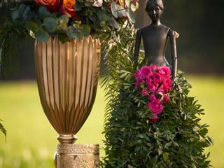 Eclectic style garden by CRIS CAMBA Estudio floral. Eclectic