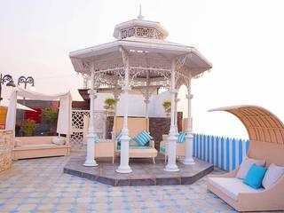 Modern balcony, veranda & terrace by DG DESIGNER LANDSCAPES LLP Modern