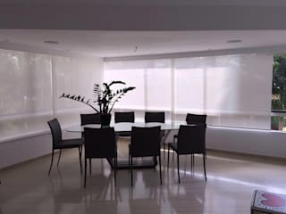 Modern dining room by THE muebles Modern