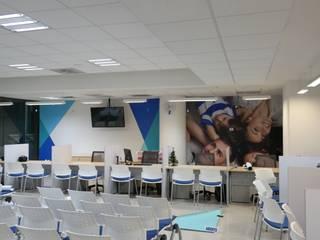 PRINCIPAL AFORE: Estudios y oficinas de estilo  por Liferoom