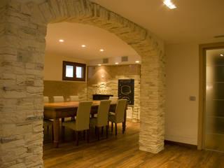 Roberto Catalini Int. Designer Dining roomChairs & benches Engineered Wood Beige