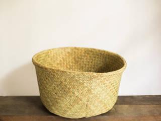 水草の筒型籠バック: hotori mementoが手掛けたアジア人です。,和風
