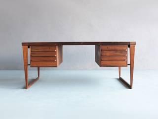 Rosewood Desk by Kai Kristiansen por Retro Age Escandinavo